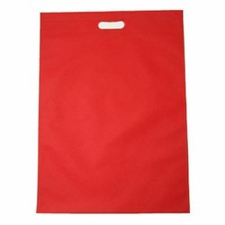 Plain Red D Cut Non Woven Bag, Capacity: 5 Kg