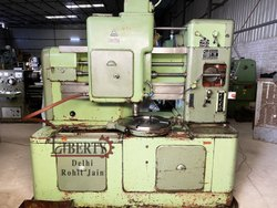 TOS OH-6 Gear Shaping Machine