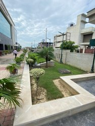 Offline Standard Landscape Development, Natural Greenery, Coverage Area: 1000-100000 Sqft