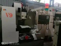 MAKE-VICTOR V CENTER 70 VERTICAL MACHINE CENTER 2003 MODEL WORKING SIZE 700X480X510 MM