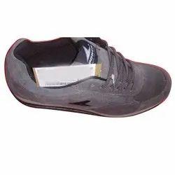 Sport Wear Men Gray Sports Shoes, Size: 6-11