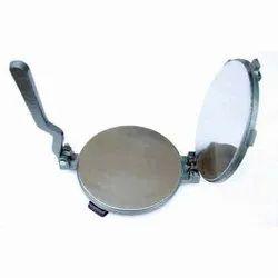 Iron Roti Maker, Size/Dimension: 7 Inch (diameter)