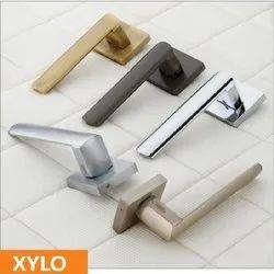 Xylo Brass Mortise Handle