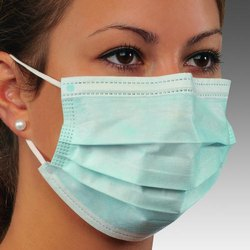 3 Ply Non Woven Face Mask With Nose Pin
