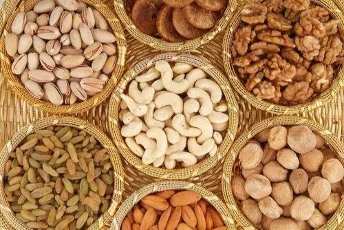 Golden Dry Fruits, Packaging Size: 500gm, Rs 200 /kg KASHIRA WORLD | ID: 22529672748