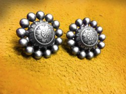 Antique Traditional Circle Earring