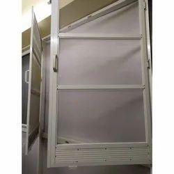 Modern Aluminium Mesh Hinged Window, Size/Dimension: 4 X 2 Feet