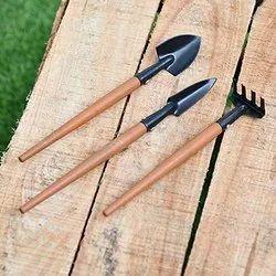 DIY Home Gardening Set of 3 Tools Weeder, Cultivator & Garden Fork (Set of 3 Tools)