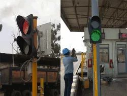 TRAFFIC SIGNAL FOR WEIGHBRIDGES