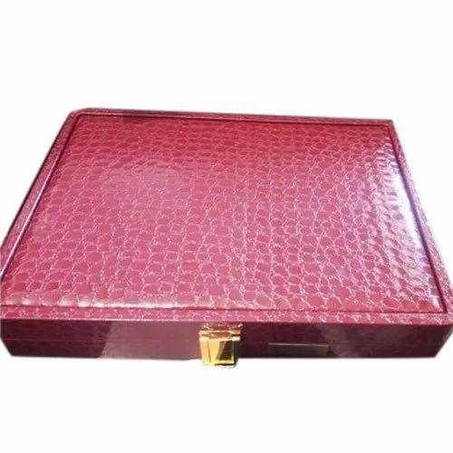 Designer Chain Jewelry Box, 12 Inch, Recatgualr