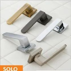 Solo Brass Mortise Handle