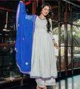 缝合多色Kurti与Dupatta套装,140,洗涤护理:洗手间