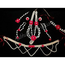 White & Red Modern Designer Baby Shower Jewellery Set