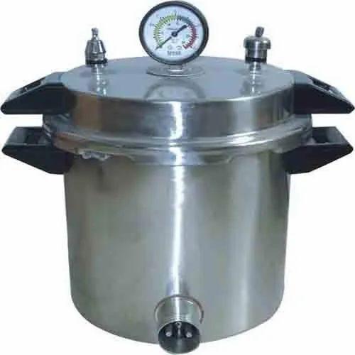 Portable Autoclave (Pressure Cooker type)