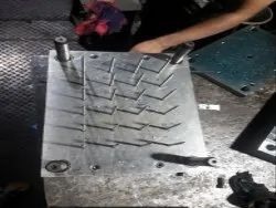 Stavax Rectangular plastic dropper mould, For Injection Moulding