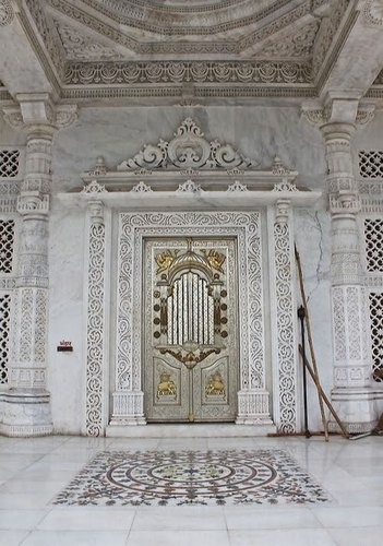 Marble Carving Service