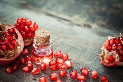 Pomegranate Seed Oil Punica Granatum, Packaging Type: HDPE Drum