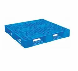 PIP-1041 Injection Molded Plastic Pallet
