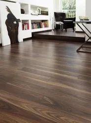 Oak Wood Brown Wooden Flooring, For Residential, Thickness: 8mm To 12 Mm