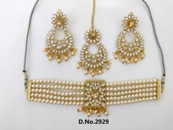 Pearl Choker Nacklace