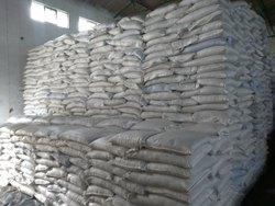Amino Acid Shiny Granules, Packaging Type: PP Bag, Grade Standard: Agriculture Grade
