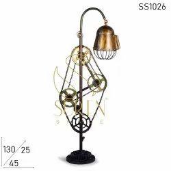 Suren Space Iron Vintage Retro Theatre Spot Light Tripod Floor Lamp