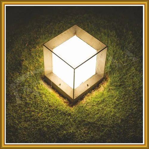 Inventaa LED Garden Light Aeris