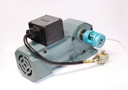 Multicolor SakuraI 258 II HLMN-15R-20-T40C Induction Geared Motor