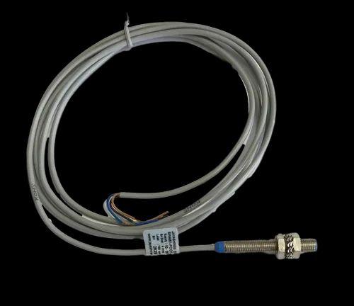 Inductive Sensor SW4051-POD1-BF8-TR Enhanced Sensing Range