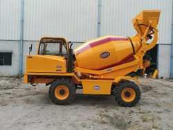 Self Loading Concrete Mixer Civimec MCM 4000
