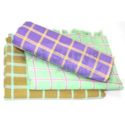 Checked Multicolor Dobby Checks Design Hotel Bath Towel, 180 grams, Size: 75x150 Cm