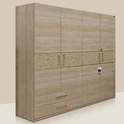 Customized Wooden Wardrobe Designing Service
