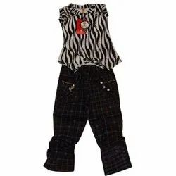 Polyester Casual Wear Kids Printed Top And Jeans Set, Size: 22-32, Machine wash
