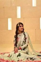 Offline Women Classic Makeup, Jabalpur