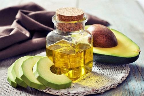 Avocado Oil Persea Americana at Rs 1000/litre | Personal Care Natural Cold  Pressed Oil - Global Merchants, Navi Mumbai | ID: 22604227355