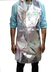 Silver Plain Aluminium Fabric Apron 1000 c, For Safety & Protection, Size: Large