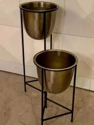 Metal Planters With Stand
