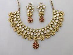 Villendi Nacklace Set