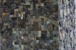 Natural Stone Modern Mosaic Wall Cladding, Thickness: 20 Mm