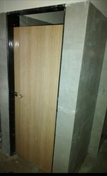 Royal touch'e' Laminated PD door in HPL, Thickness: 12 Mm