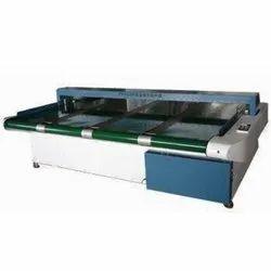 Conveyorized Metal Detector