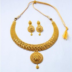 Party Wear Gold Necklace