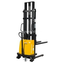 Nido Semi Electric Stacker