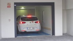 Side opening Mild Steel Automobile Automatic Car Elevator