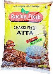 Indian Whole Wheat Ruchie Fresh Chakki Fresh Atta 5kg, Packaging Type: Plastic Bag, 2 Months