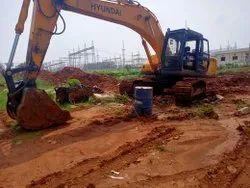 20000kg使用现代R220挖土机出售,最大斗容量:1.0 cum