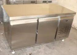 200 Ltr Undercounter Refrigerator