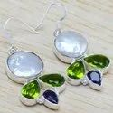 925 Sterling Silver Jewelry Pearl And Peridot Gemstone Light Weight Earrings WE-6448