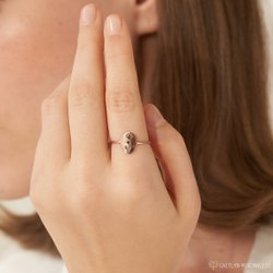 Ladies Flower Design Brass Ring