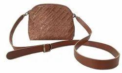 Brown Handmade Leather Handbag, For Casual Wear, Gender: Women